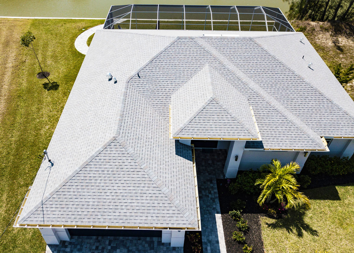 Read more about the article How to know whether to repair, patch, or replace your roof