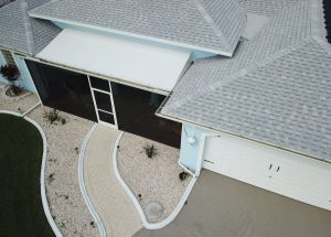 Read more about the article Understanding The Advantages of Roofing Shingles in Florida