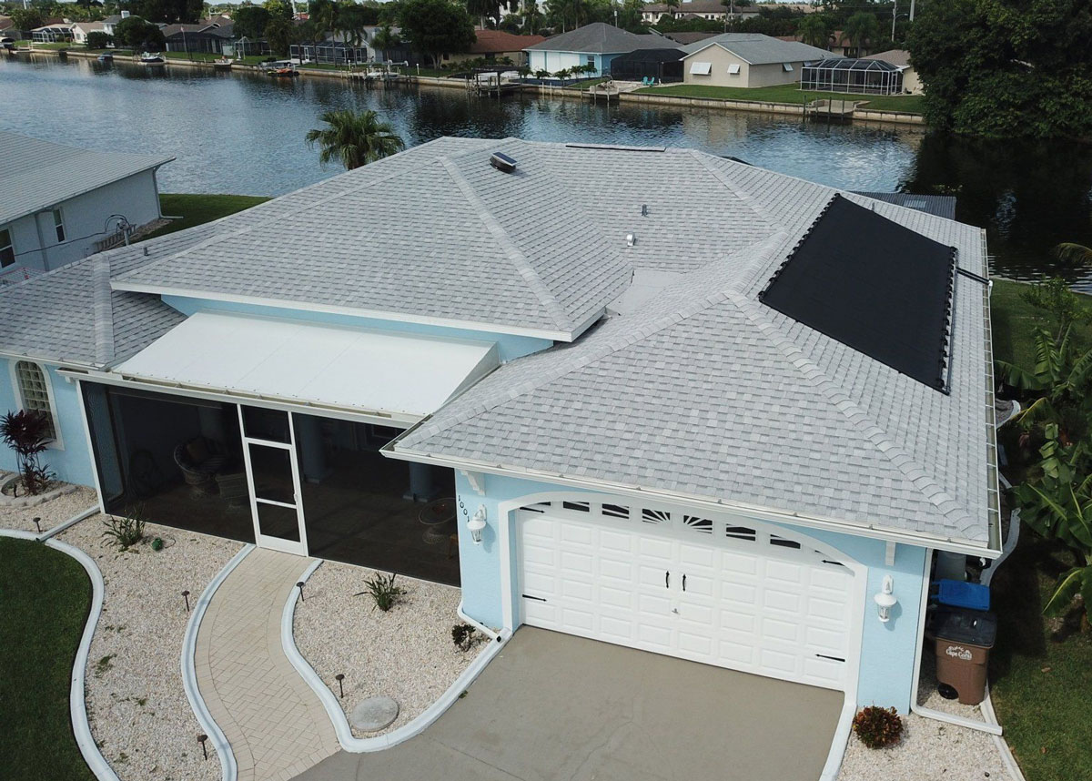 You are currently viewing Tips for Preparing Your Roof for Hurricane Season in Florida