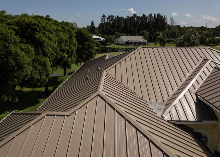 Read more about the article Why Choose Metal Roofing?
